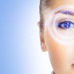 Augenfalten - Krähenfüße entfernen